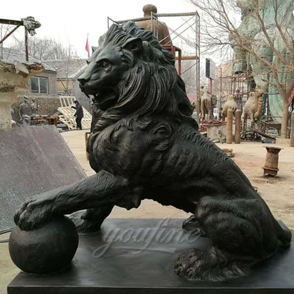 Metal large bronze lion statue for sale