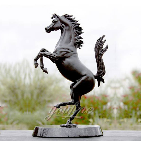 Bronze Horse Figurines for garden decor