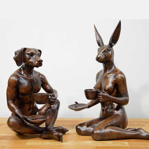 Customize bronze casting art dog man and lady rabbit garden sculpture for sale