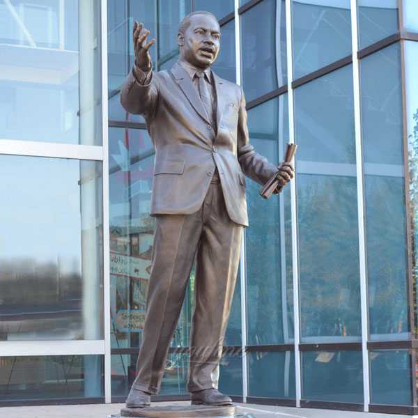Famous public bronze casting figure statues Martin Luther King outdoor