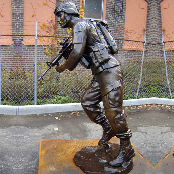 Life size metal art military garden soldier statues for sale