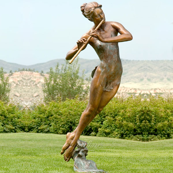 Outdoor sculptures of beautiful lady blow flute lawn ornaments