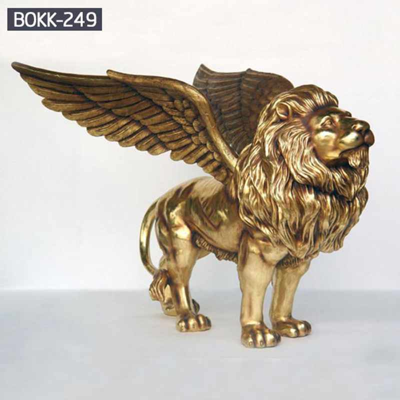 Life Size Golden Bronze Wings Lion Statue
